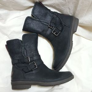 UGG Boots Simmens Ankle Waterproof Black Leather 6